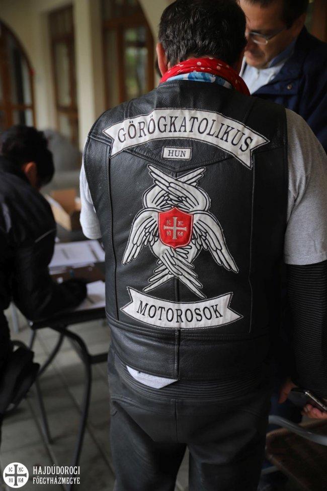 női motoros dzseki pap attila